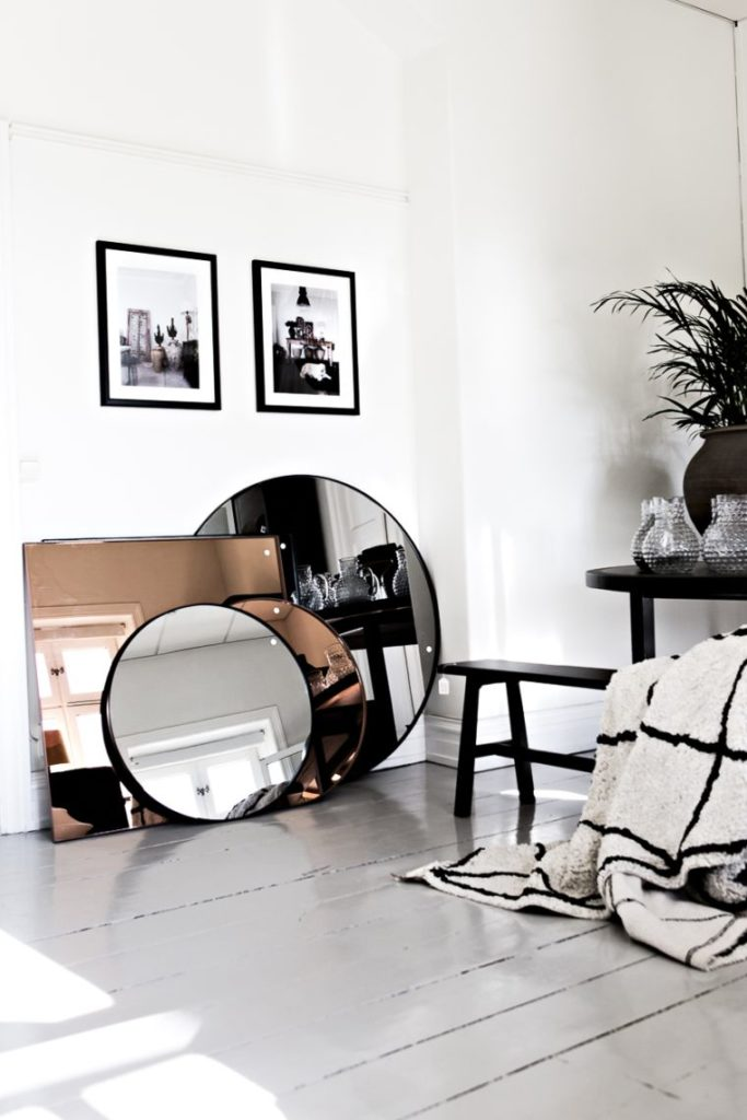 7-hanging a mirror