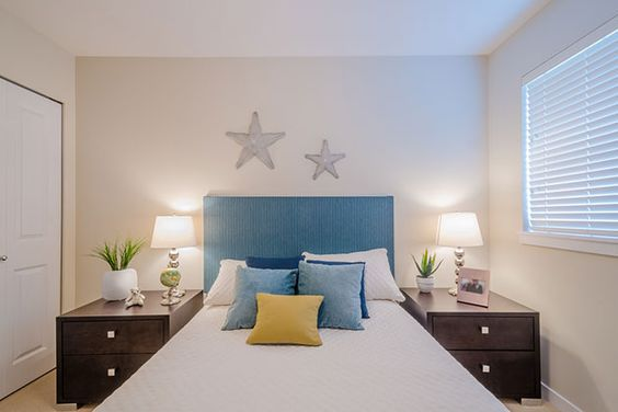 bedroom furniture for small rooms