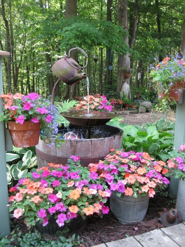 Teapot floral water fountain