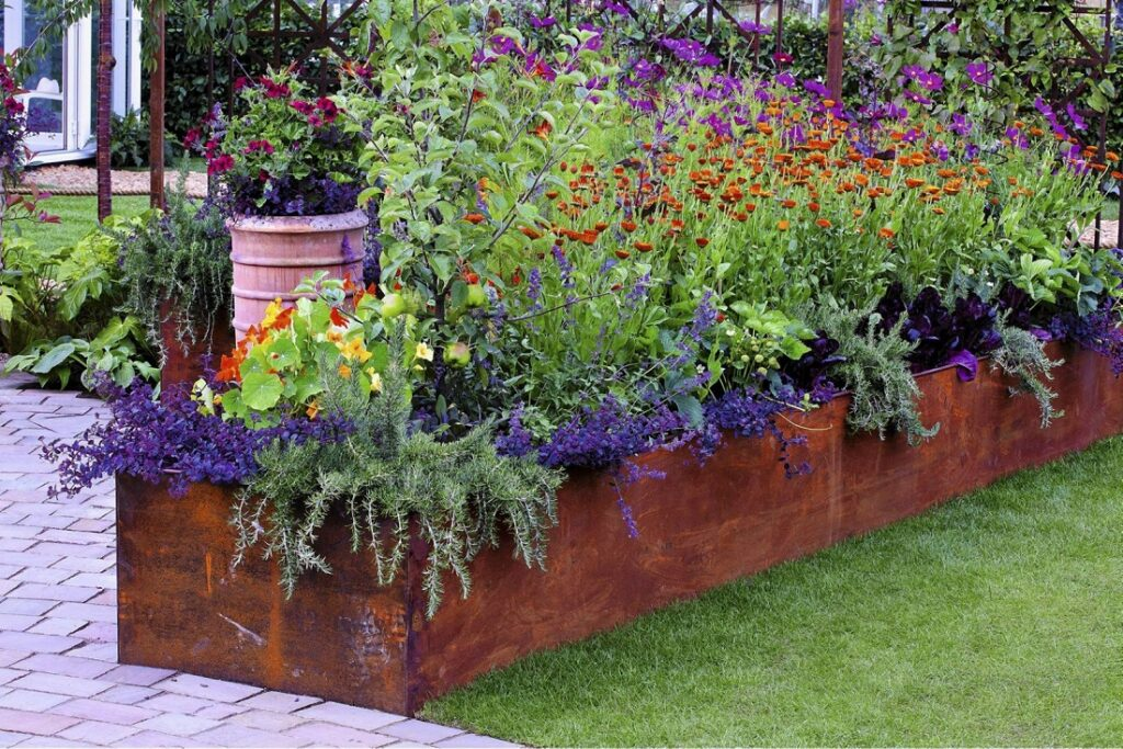 Elevated Flower Beds - Create A Distinctive Front Garden