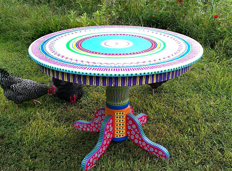 table with flashy Mexican-inspired colors